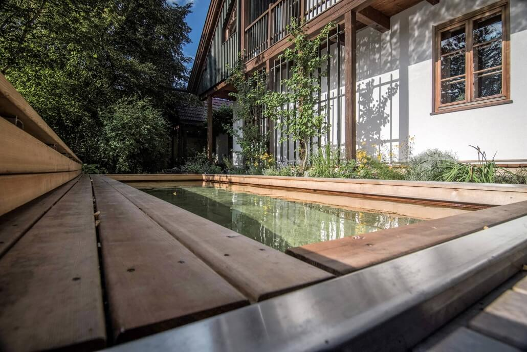 Terrassenabdeckung mit Holc Naturpool
