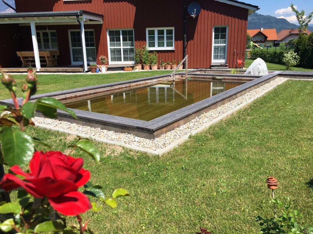 Holc Naturpool for einem Schwedenhaus